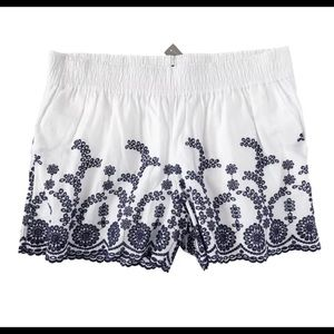 J.Crew Women's L NWT Eyelet Floral Pull-On Short L